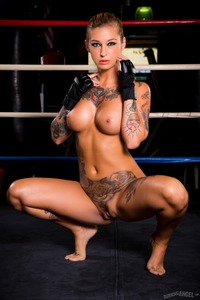Kleio Valentien With Naked Big Boobs In The Gym
