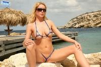 Bikini girls in sexy thong 13