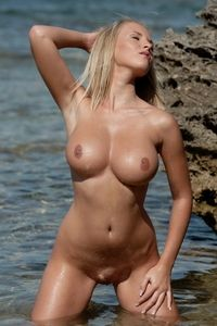 Big tits blonde babe Cikita