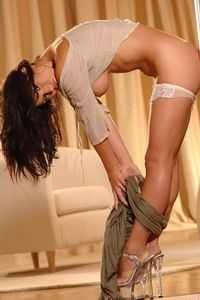 Hot Babe Strips And Fingers Pussy