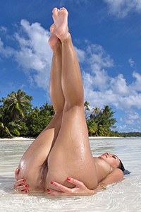 Miko Sinz Beach Babe