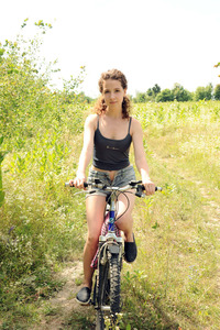 Gorgeous Melissa Maz invites you to join her for a bike ride in the countryside